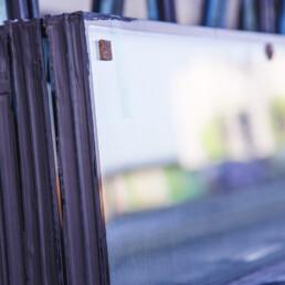 Driedubbel en dubbel glas in isolatieglas