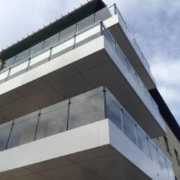Glazen balustrade voor terras